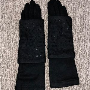 Women's black dress gloves with black sequins NWT