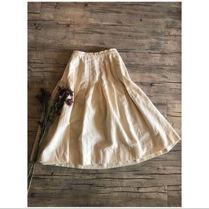 🐰70's VTG // Creme Wool Midi Pleated Skirt