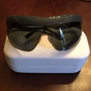 Marc Jacobs Sunglasses (Never worn)