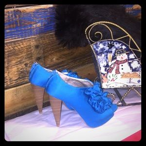 Brand new Qupid turquoise high heels💋💋size 6.5💋