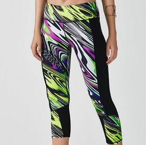 Fabletics Penzy Capri Workout Pants NWT