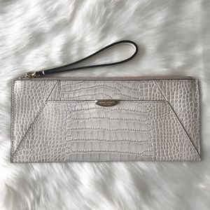 [Henri Bendel] Crocco Travel Pouch