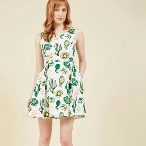 LIKE NEW Modcloth cactus/succulent dress