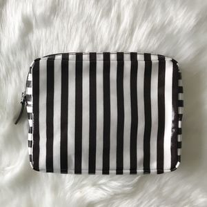 [Henri Bendel] Makeup Case
