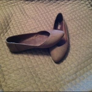 Kelly & Katie, Taupe Suede Flat