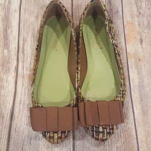 Shoedazzle green flats 7.5