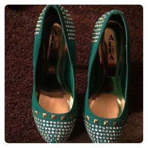 Alba shoe