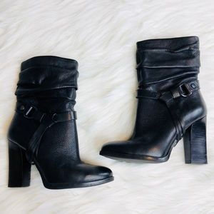 Guess Tasmin Round Toe Leather Ankle Boots