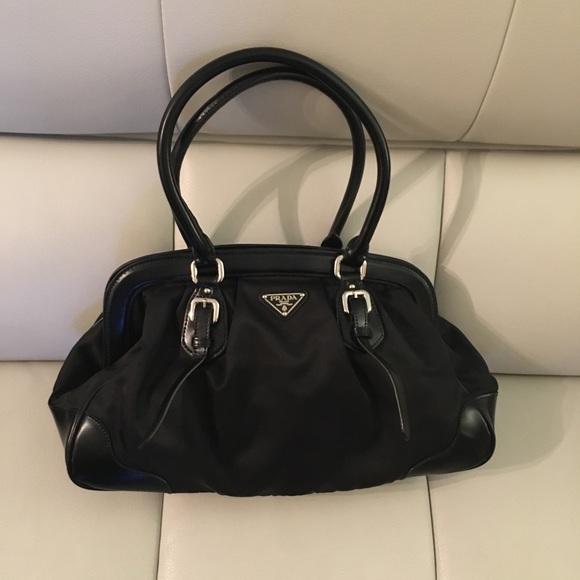 adbbc77731 ... bag tote 2fbf2 69f1e new zealand prada black purse 4cf61 e689d ...