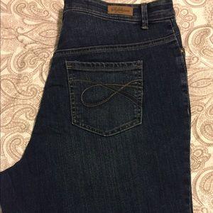 """👖18W, """"Gloria Vanderbilt Signature"""" jeans"""
