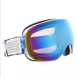 NWT ROXY snowboard goggles reflective lenses