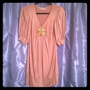 Tops - Boutique Gold Tunic straight from Melrose