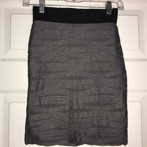 H&M gray skirt