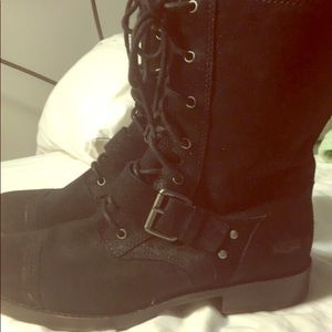Womens Ugg Suede Boots
