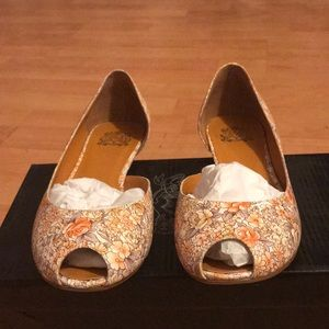 Jeffrey Campbell NEW 'Nicole' Floral Flat 7.5