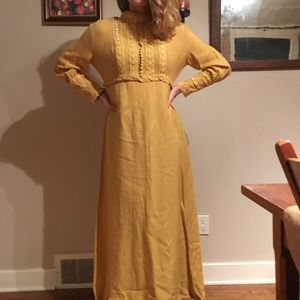 Vintage 1960 lace maxi dress