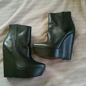 Max Azria Leather Neroll booties