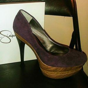 Jessica Simpson Wood grain heel