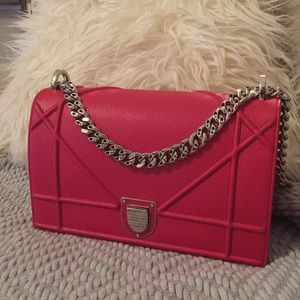 Dior Bags - Dior Diorama Bag in Gris Dior Red Grained calfskin baad587242