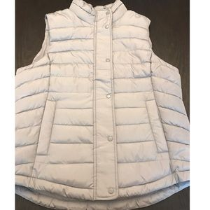 NWT GAP Puffer Vest- Gray
