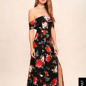 Adorable black & red offshoulder maxi dress size S