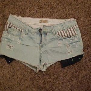 UNI shorts