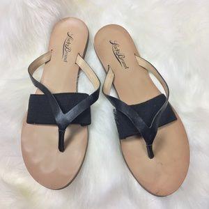 Lucky Brand Sandals Flip Flops Flats Women 7