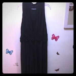 Black Sleeveless Jersey Dress.