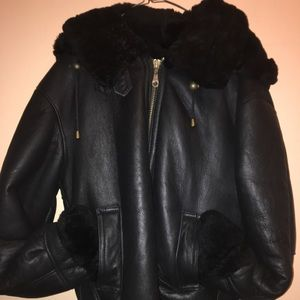 🔥Authentic Milano Black Shearling Fur hood jacket