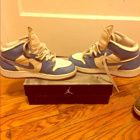 0757b6ae060d Jordan Shoes - 🔥Air Jordan Retro 1 Carolina Blue Nike sneakers