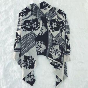 Sweaters - NEW Cozy Cardigan Tribal Print