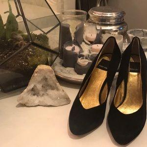 Dolce Vita Black & Gold Heels