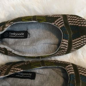 5be16dbaf feelgoodz Shoes - Lizzie Looms x Feelgoodz Fair Trade Slipper
