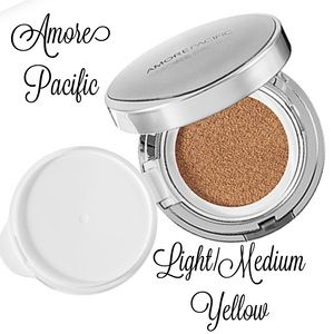 AMORE PACIFIC COLOR CONTROL CUSHION COMPACT SPF50+