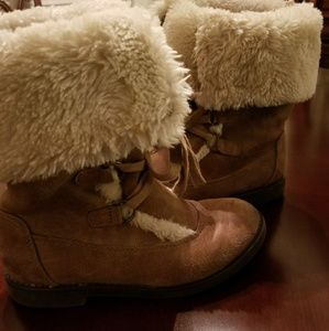 Toddler Girl Boots w/fur