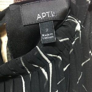 NWOT sz 2 Apt 9 dress