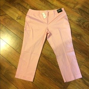 New York & Company pink crops NWT
