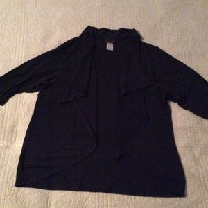Figure flattering solid black lightweight jacket