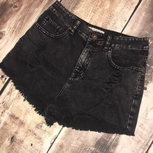 Bullhead mom shorts size 11