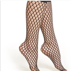 Madeline knee high - fish net sock