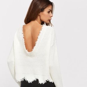 Sweaters - Cropped White Ribbed Frayed Sweater