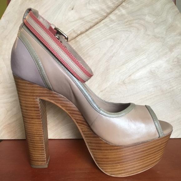 a2e1f09c37d Pour La Victoire Shoes