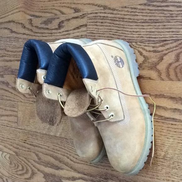 a4774f4297fc Timberland Women s fashion hiking boots. Like new.  M 5a2d394dc284566ad6055ed0