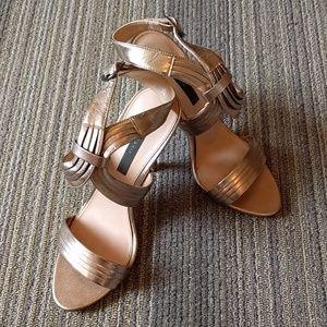 Zara - Stunning gold sandals
