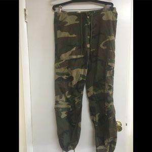 90's Vintage camo pants