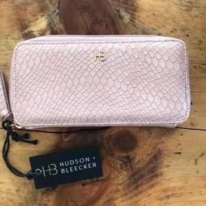 Hudson & Bleecker Bonjour Smartphone Wallet