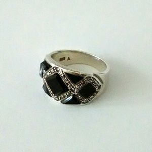 Vintage Sterling Silver and Onyx Ring