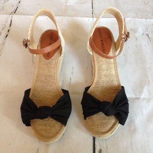 Lucky Brand Kavala Wedge Sandal Size 8