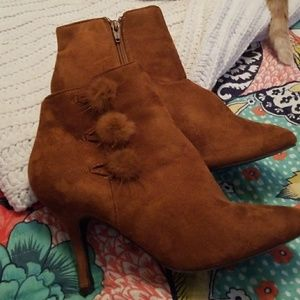 Cato Suede booties BNWT Size 10