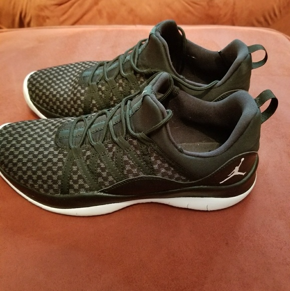00d91db0dd0 Jordan Shoes   S Low Tops 6y8 Women   Poshmark